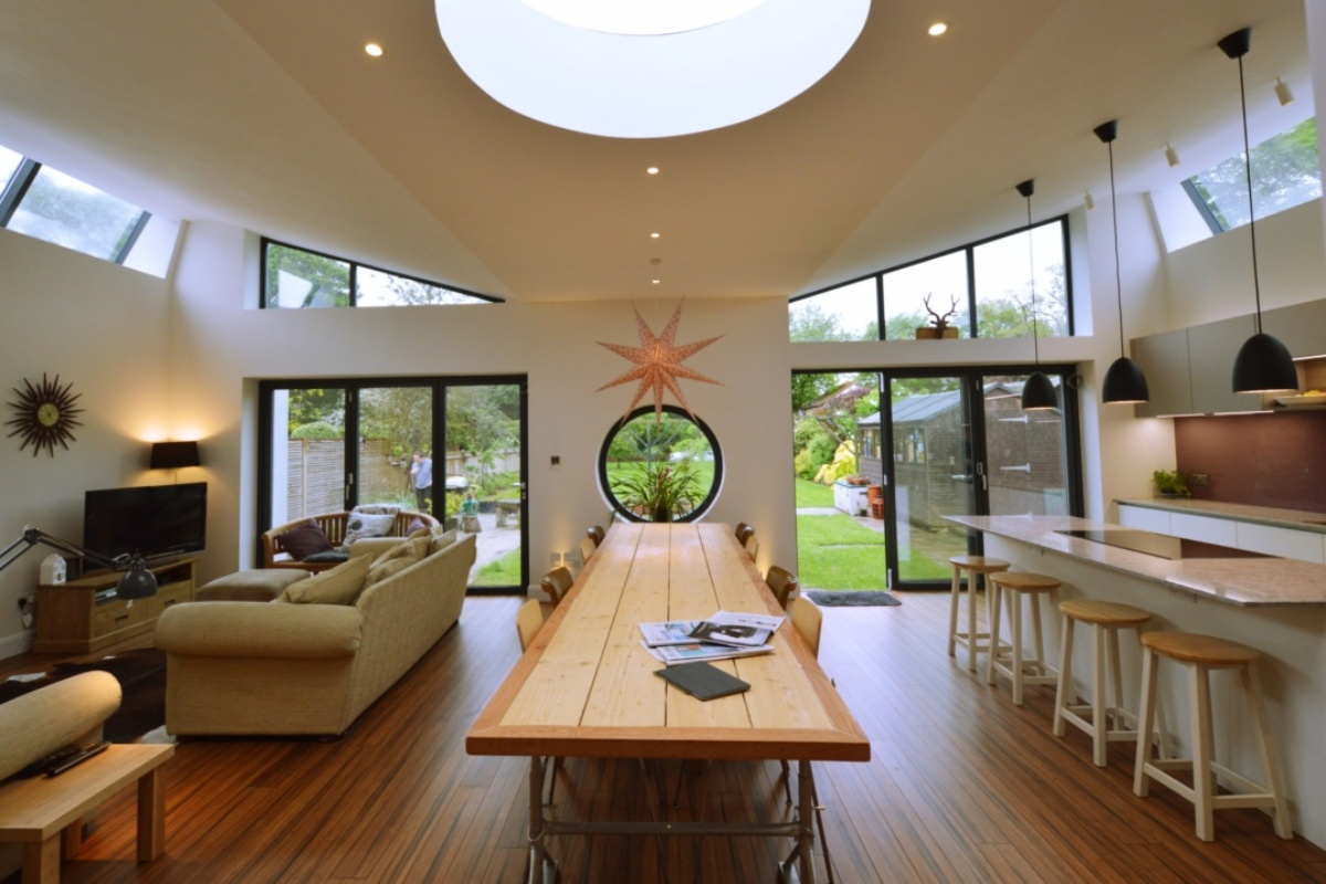Architect designed residential extension Stoneleigh KT17 – View to the garden e1582376995605 1200x800 Stoneleigh KT17 | Extension and alterations to a bungalow